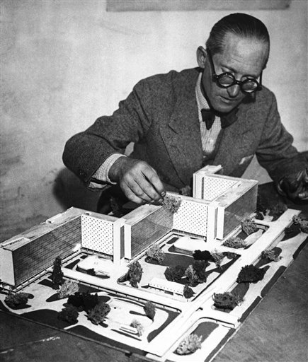 Switzerland_Le_Corbusier_Crisis.sff_s630x742